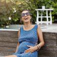 cozy vibe family mommyhood pregnancy