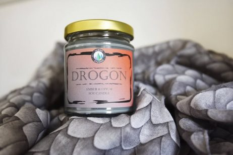cozy vibe home game of thrones deco