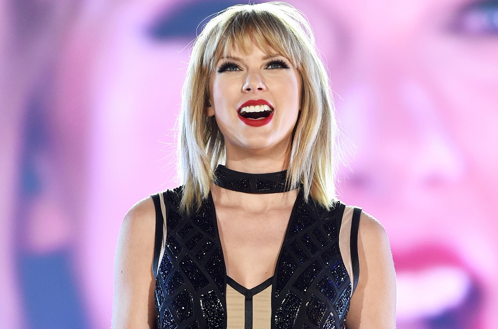 cozy vibe celebrities taylor swift song