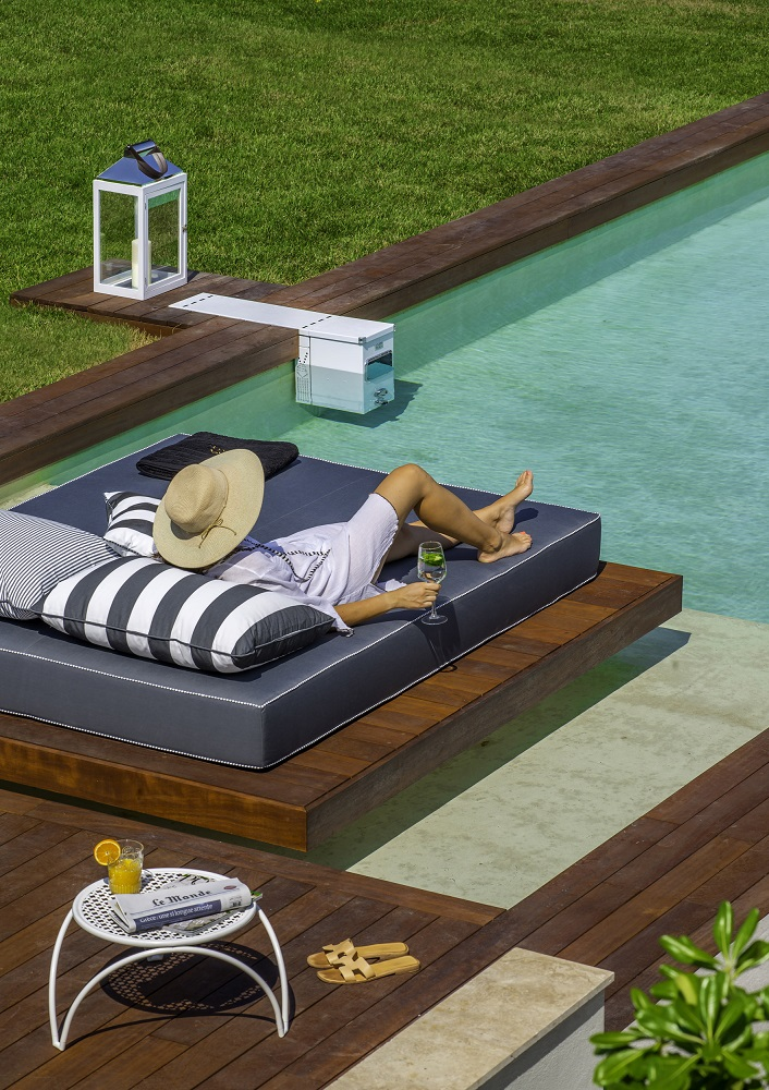 cozy vibe travel awards