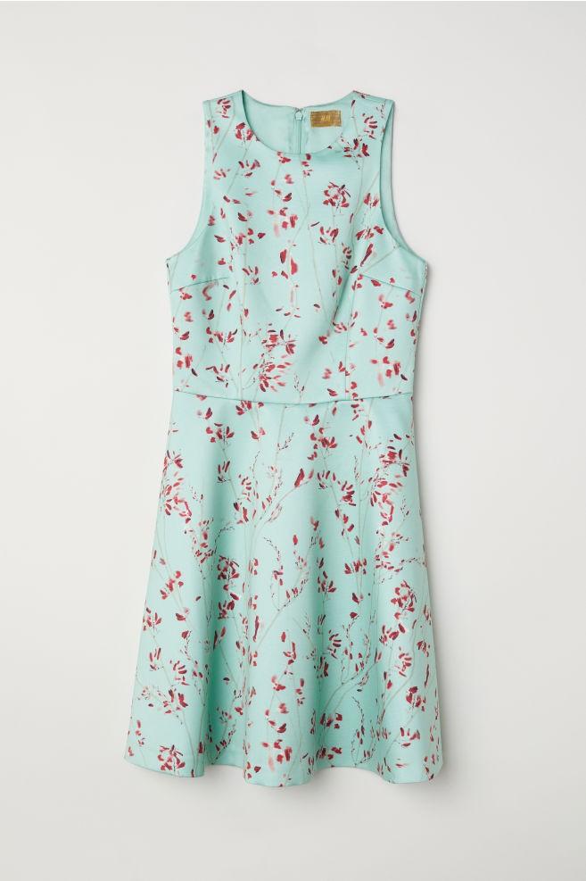 0348174e0779 Τα ωραιότερα ανοιξιάτικα φορέματα της αγοράς - CozyVibe