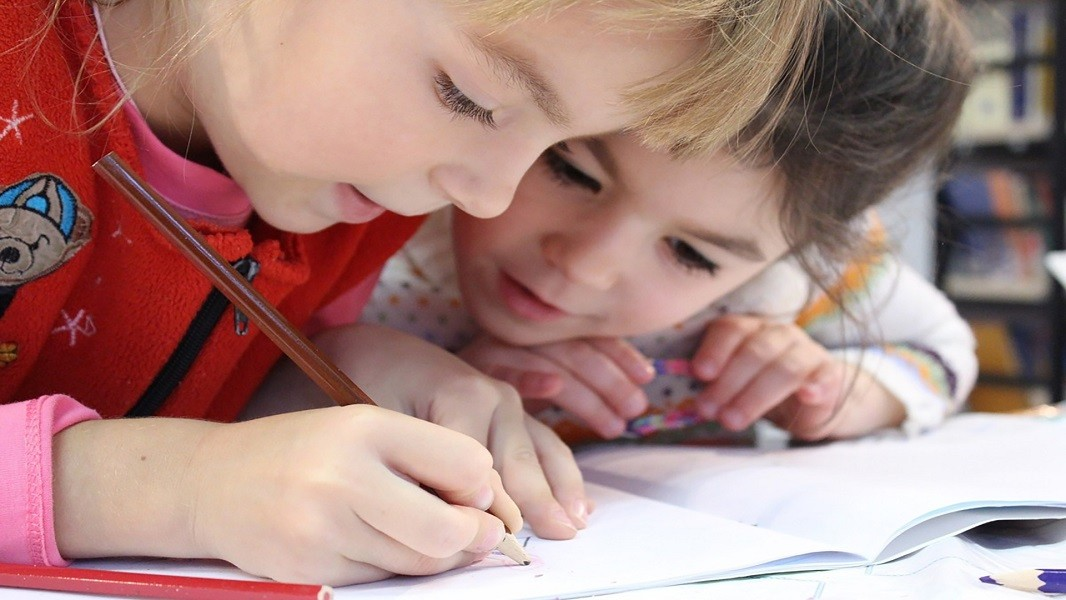 Δημιουργικές δραστηριότητες με τα παιδιά στο σπίτι!