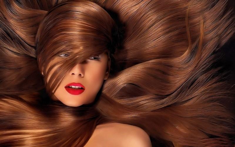Ποιες βιταμίνες λατρεύουν τα μαλλιά σας;