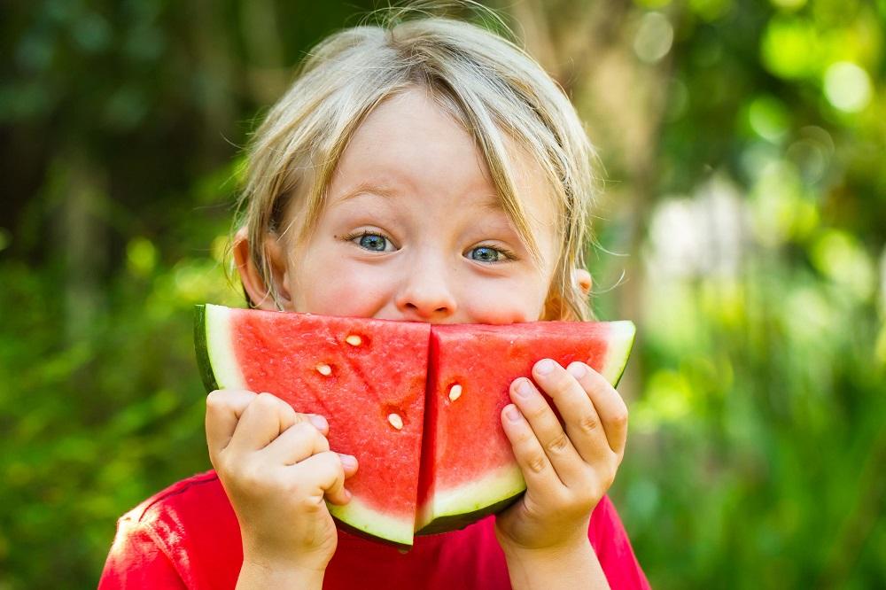 e7f0077c909 3 παγιωμένοι μύθοι για την παιδική διατροφή - CozyVibe