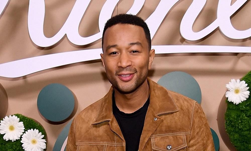 Ο John Legend στην πρώτη του eco, beauty συνεργασία με την Kiehl's