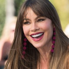 6 facts που δεν ξέραμε για την εκθαμβωτική Sofia Vergara