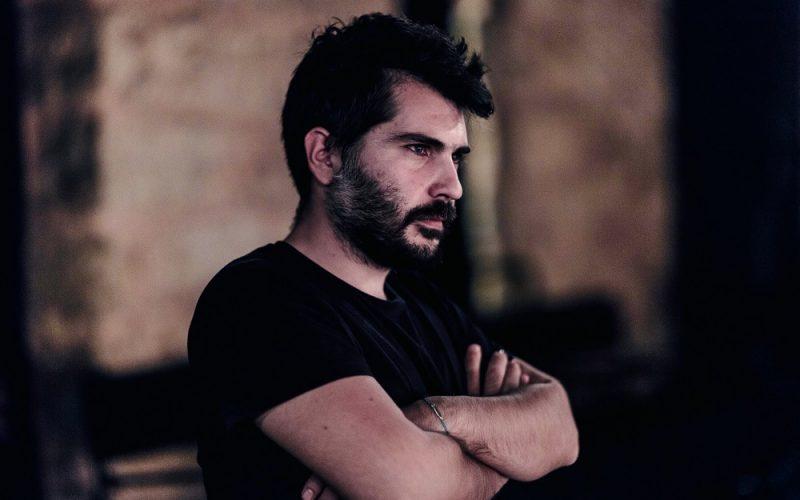 "4db742e9785 Χρήστος Καρασαββίδης: ""Είμαστε μια γενιά πιο μορφωμένη, πιο ταξιδεμένη, πιο  ονειροπόλα από τις προηγούμενες"""