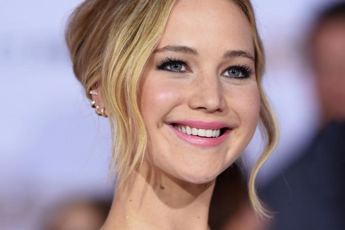 Τα μυστικά ομορφιάς της εκρηκτικής Jennifer Lawrence
