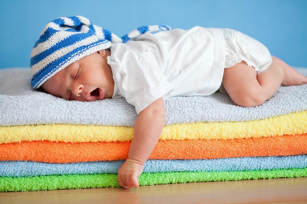 Πώς θα κοιμηθεί καλύτερα το μωρό σας το καλοκαίρι