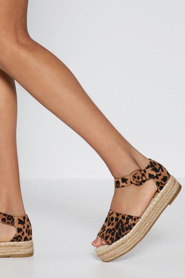 Τα 5 παπούτσια που χρειάζεσαι αυτό το καλοκαίρι