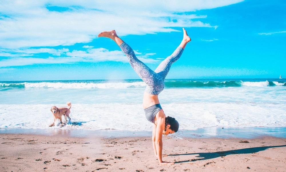 Τα σπορ της παραλίας για να είστε fit και στις διακοπές