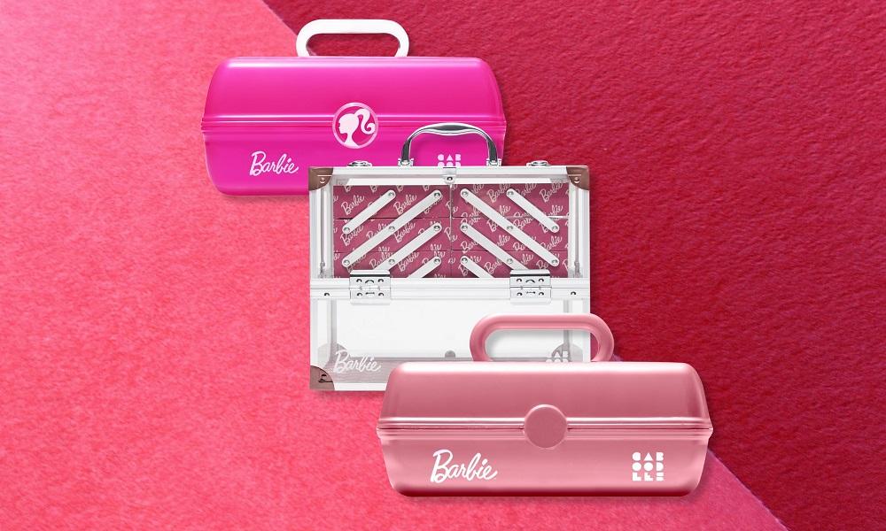 Η Barbie σε επαγγελματικά βαλιτσάκια μακιγιάζ