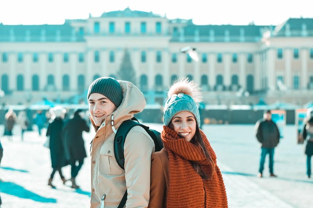 Το travel δίδυμο, Greek Nomads, ταξιδέυει ασταμάτητα σε όλο τον κόσμο