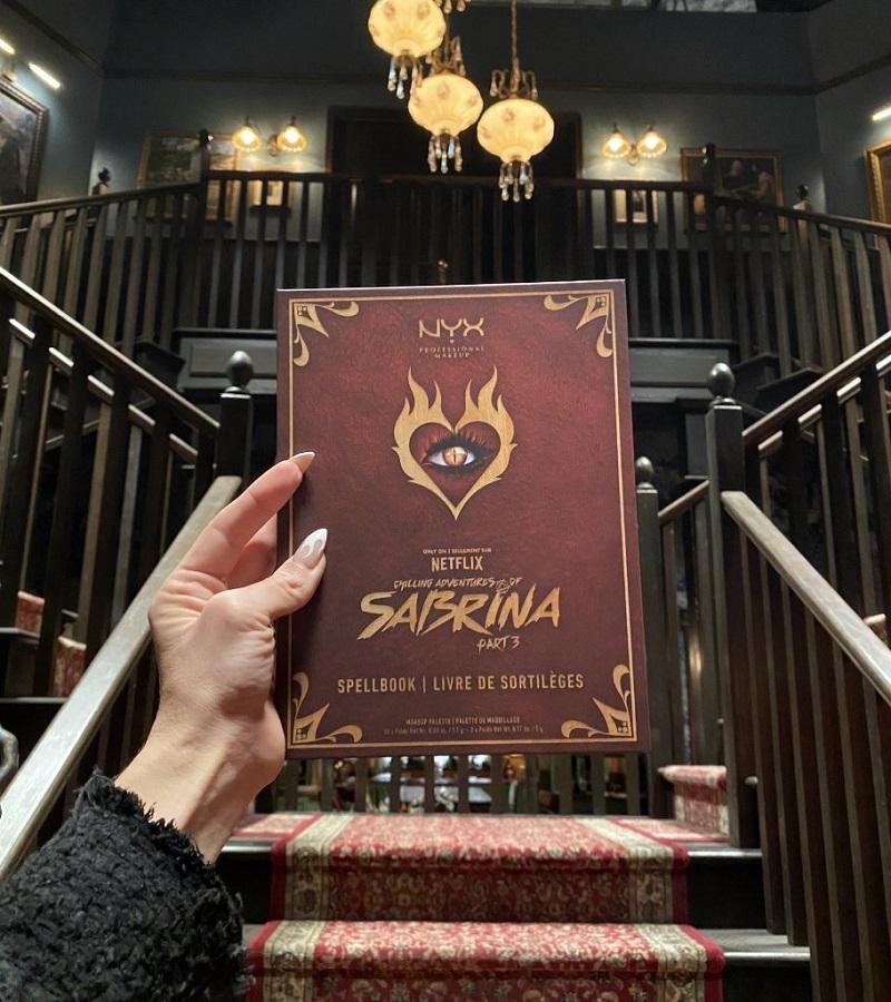 Μία νέα συλλογή εμπνευσμένη από τη Sabrina