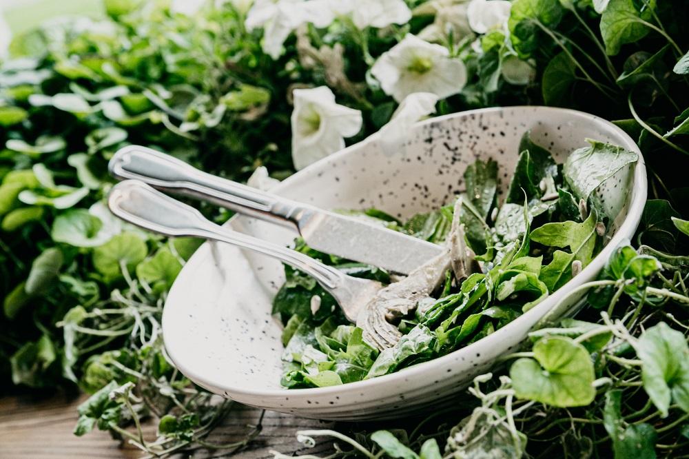 Σούπερ συνταγή για την πιο γευστική πράσινη σαλάτα