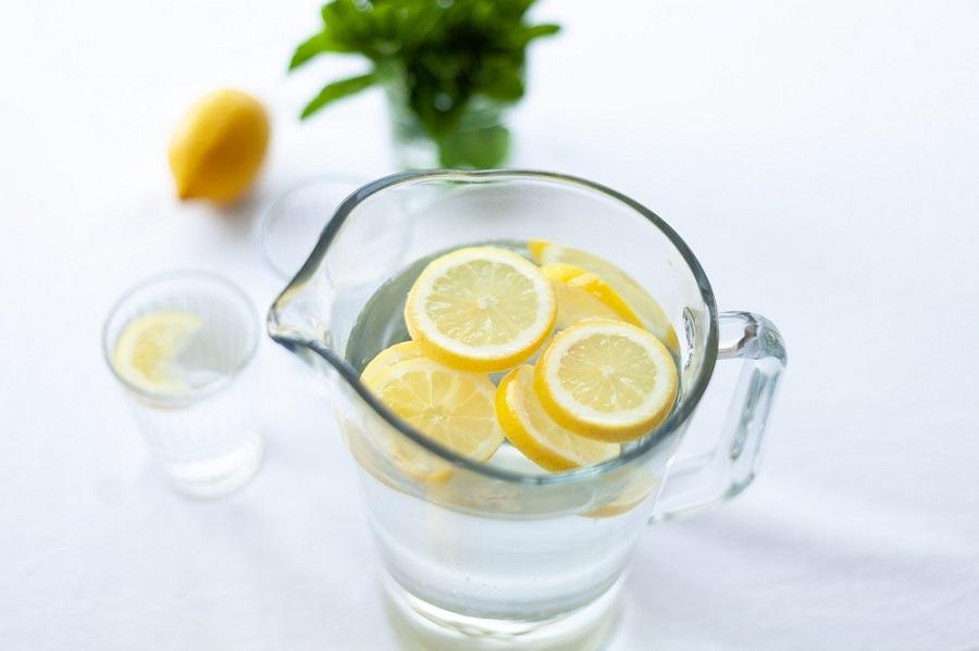 Νερό με γεύσεις για αδύνατη σιλουέτα
