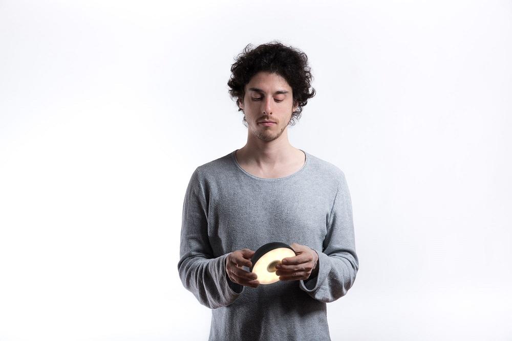 O designer Mario Alessiani μας συστήνει το Float