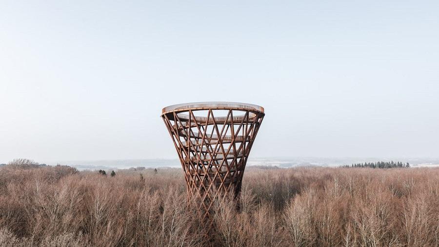 Το εντυπωσιακό Forest Tower στη Δανία