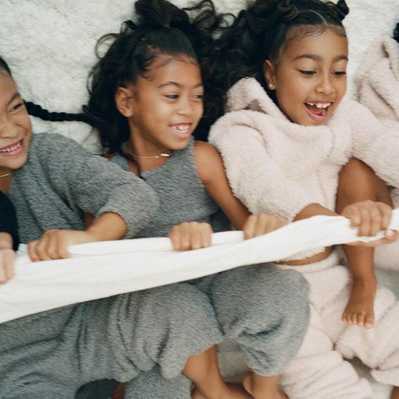 Η Κim Kardashian κυκλοφορεί την πρώτη της παιδική συλλογή!