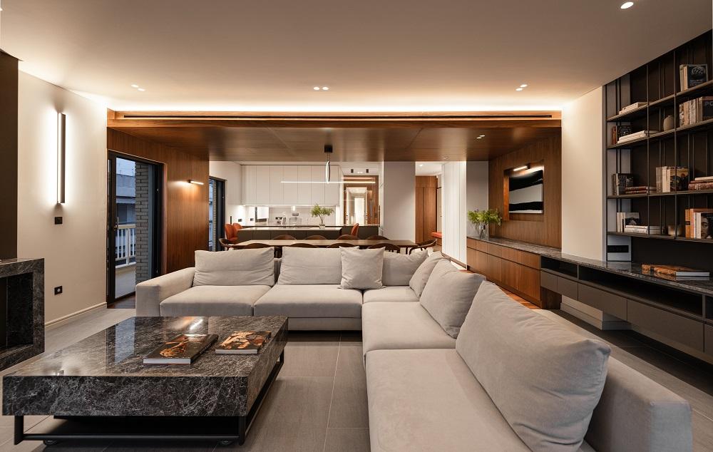 USP_The_Slender_Apartment_cover