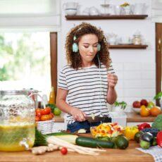 Αισθάνεσαι down; Δες ποιες τροφές θα σε ανεβάσουν!