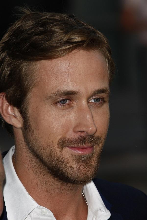 Ποια κουρέματα έχει επιλέξει ο Ryan Gosling κατά τη διάρκεια των χρόνων;