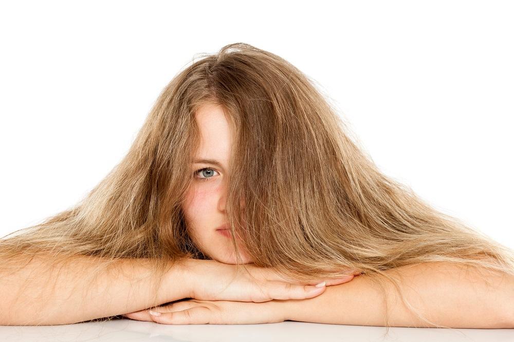 6 anti frizz συμβουλές για τα μαλλιά σας