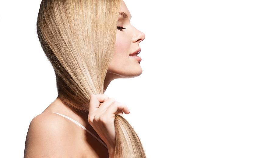 Οι βιταμίνες που χρειάζονται τα μαλλιά σου τη νέα χρονιά