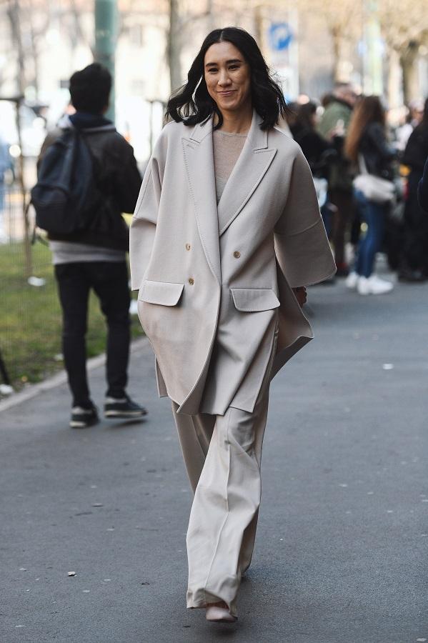 4 λόγοι που θα λατρέψεις τα oversized κοστούμια