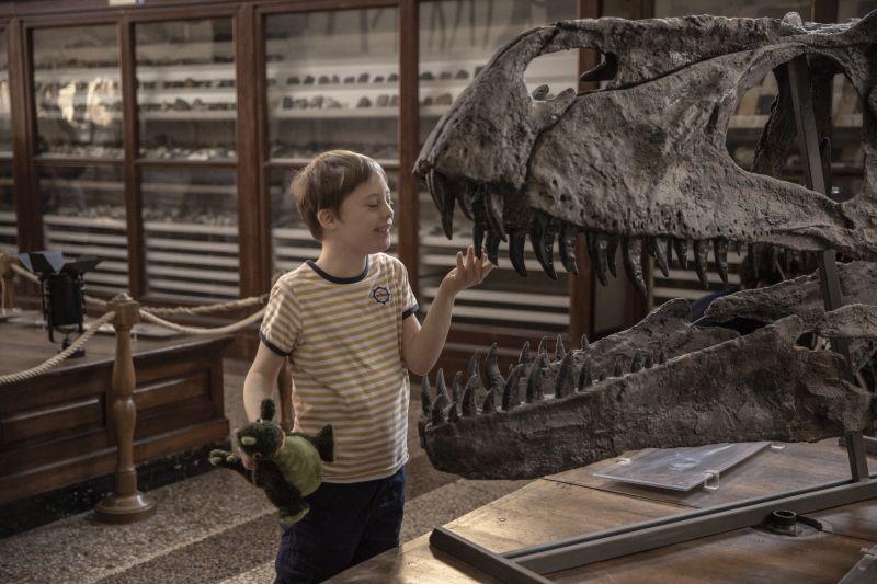 Ο αδερφός μου κυνηγάει δεινόσαυρους online αυτό το ΣΚ