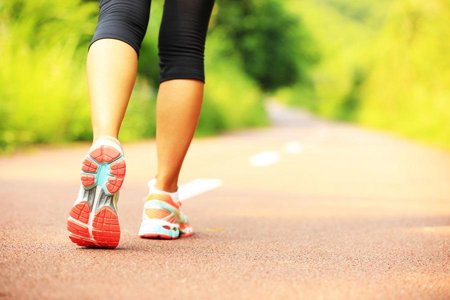 Πώς θα κάνεις 10.000 βήματα χωρίς να βγεις από το σπίτι