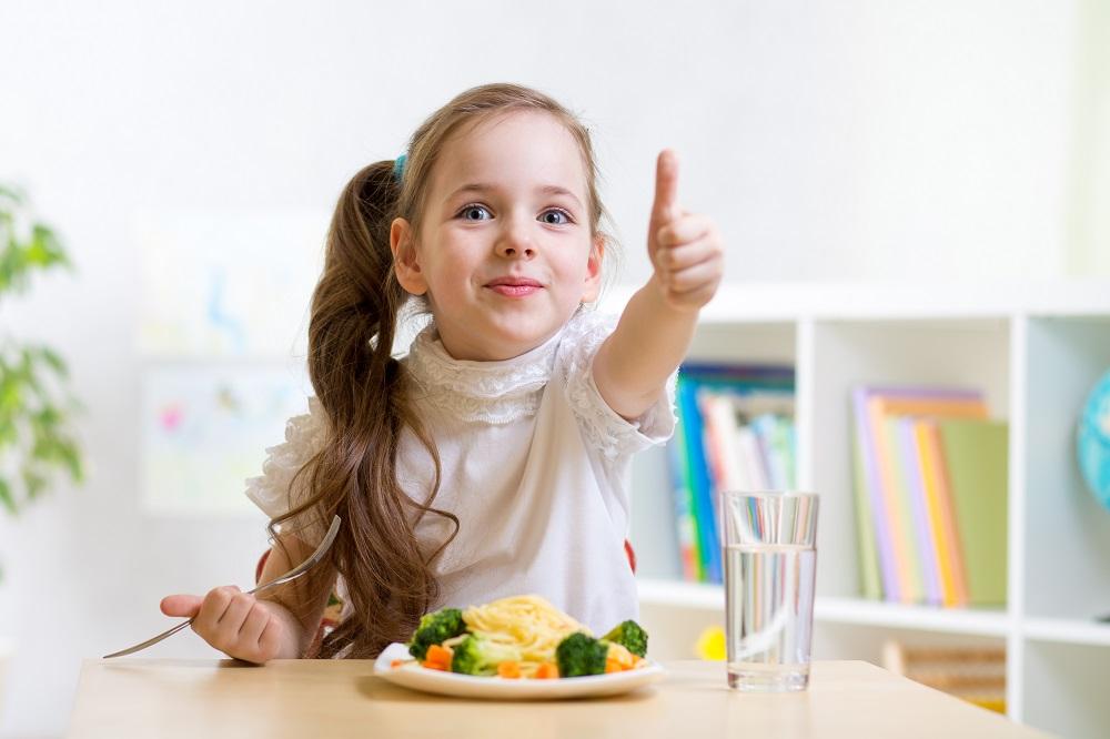Παιδί και φαγητό: Τι γίνεται όταν δεν τρώει;