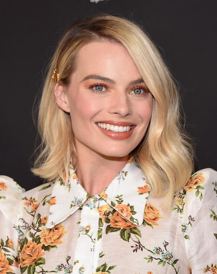 Η υπέροχη Margot Robbie στο προσκήνιο