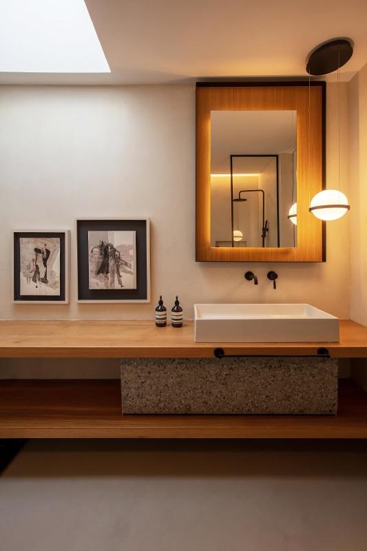kosmidis bathroom
