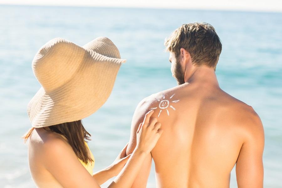 Απολαύστε τον ήλιο στις διακοπές σας με ασφάλεια
