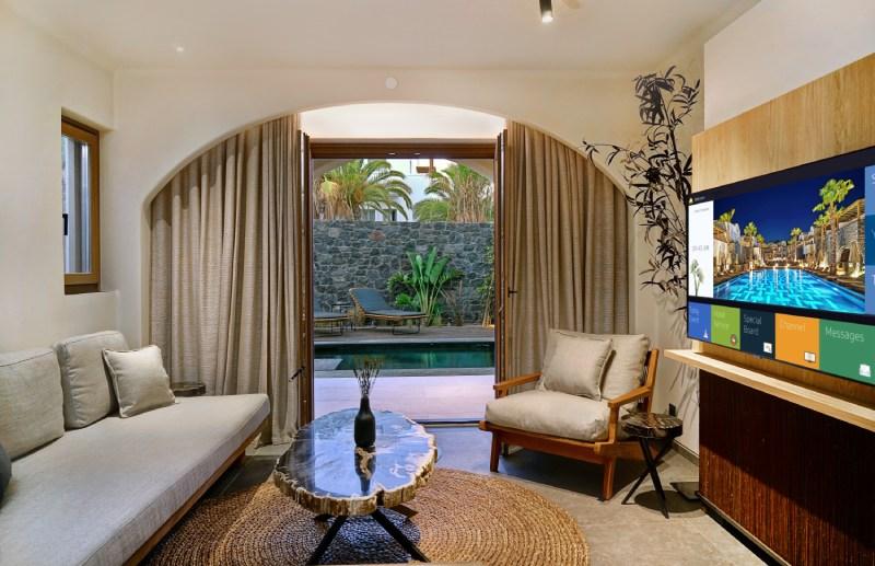 Zaffron Resort Santorini