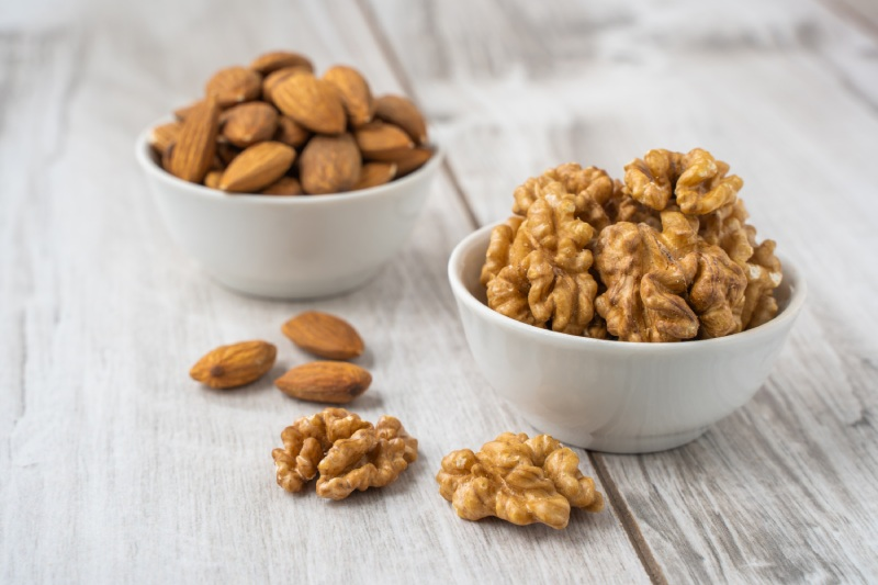study almonds walnuts
