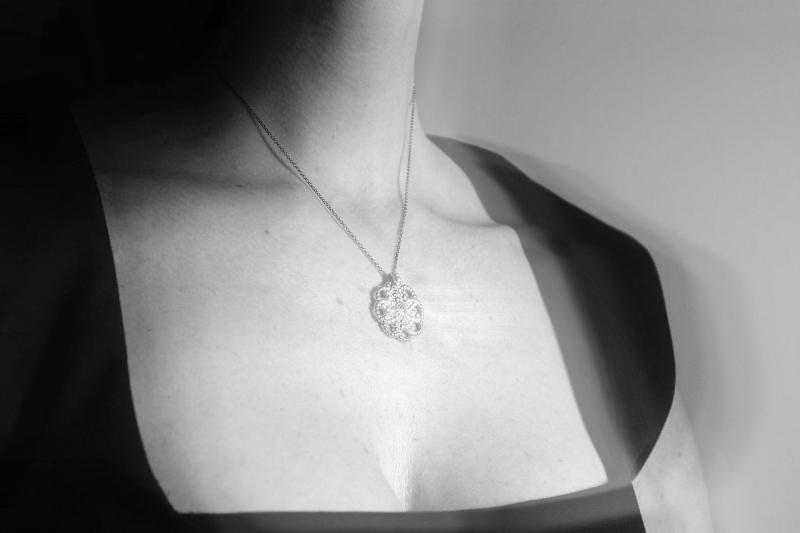 Ariadne Kapelioti necklace